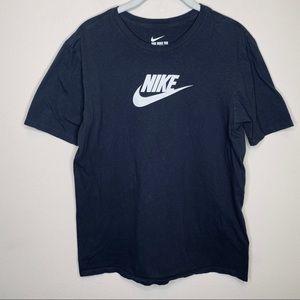Nike Black & White Athletic Cut T-shirt Size M